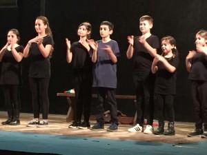 i ragazzini del laboratorio teatrale